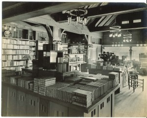 The main book room. The chandeliers and furniture were also designed by Maybeck.